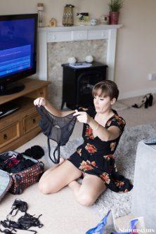 Anna_getting_ready_175